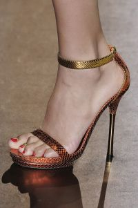 gucci_shoes_2011_10
