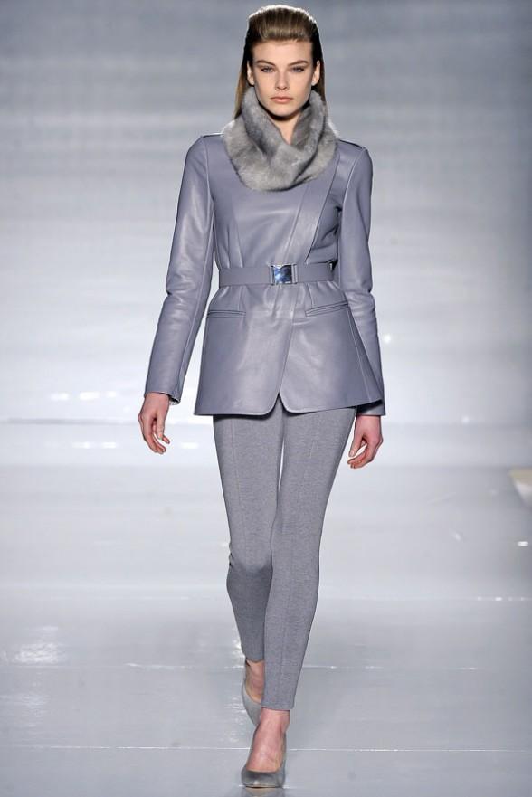 max-mara-osen-zima-2011-2012-fashionwalk-ru-07-588x881