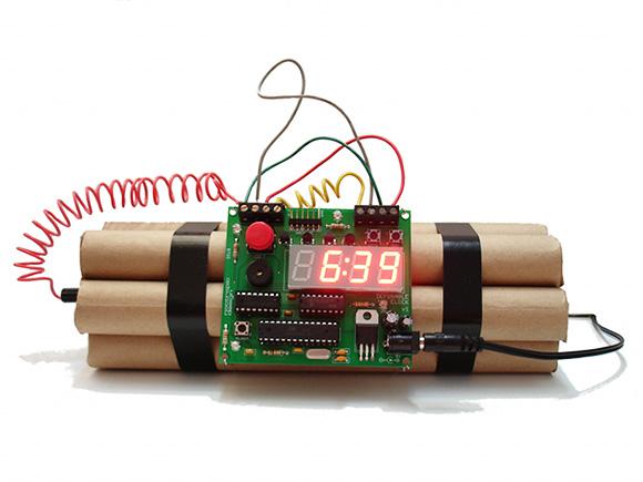 defusable-alarm-clock_2011-09-07_23.17.45
