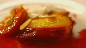 десерт из запеченных фруктов