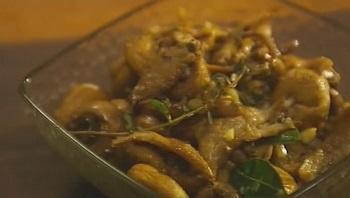 Салат из запеченных грибов