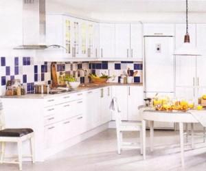 оформление рабочей стенки на кухне-2