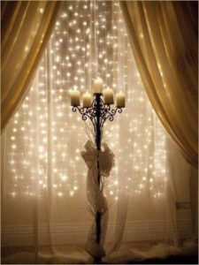 candle-christmas-window-decorating-ideas