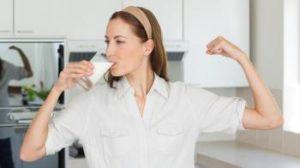 16the-health-benefits-of-drinking-milk