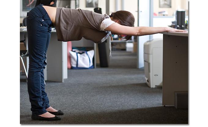 упражнения +на рабочем месте +в офисе